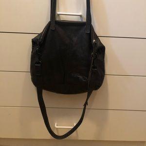 Handbags - Beautiful leather handbag. Shoulder/tote/crossbody